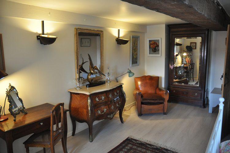 gite-main-bedroom-001