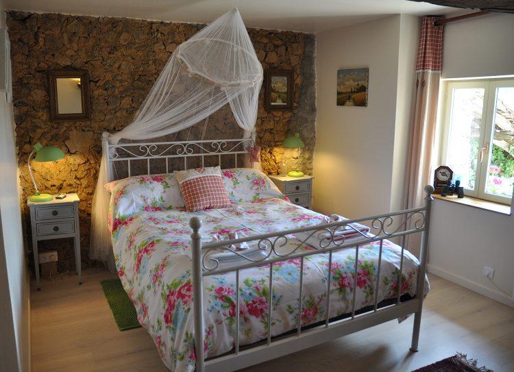 gite-main-bedroom-002