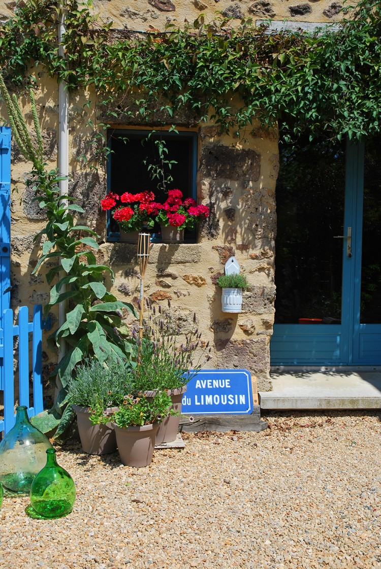 warm sunny welcome awaits you, at holiday Gites Limousin